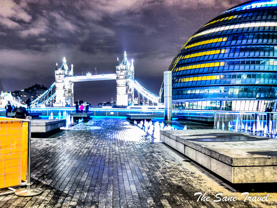 London at night 1