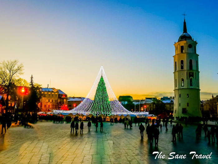 20 christmas tree 2016 vilnius lithuania www.thesanetravel.com 1180643 2