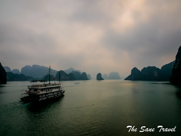 4 halong bay www.thesanetravel.com