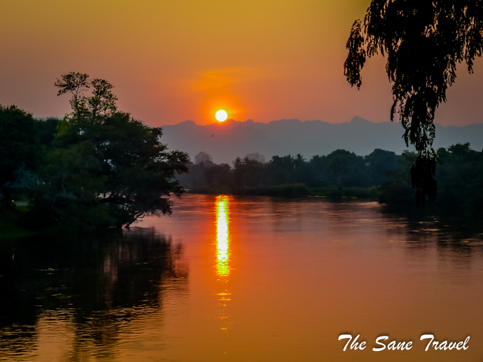 6 sunset kwai river thailand www.thesanetravel.com 1180875