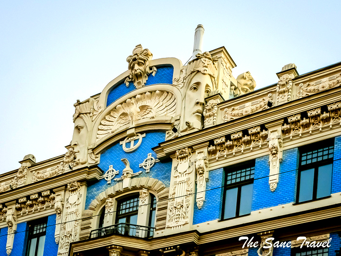 How to become an expert of Riga's Art Nouveau architecture in half an hour