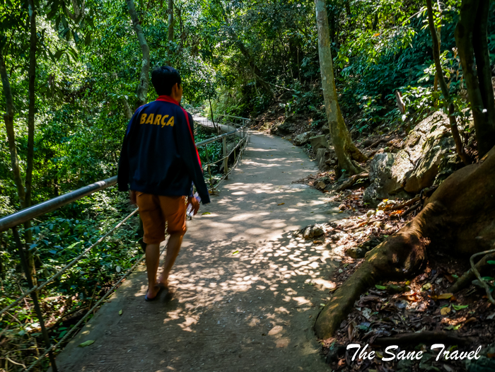 way to paradise cave vietnam www.thesanetravel.com