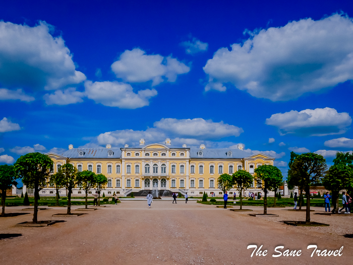 Rundale palace and more: an excellent day trip from Riga