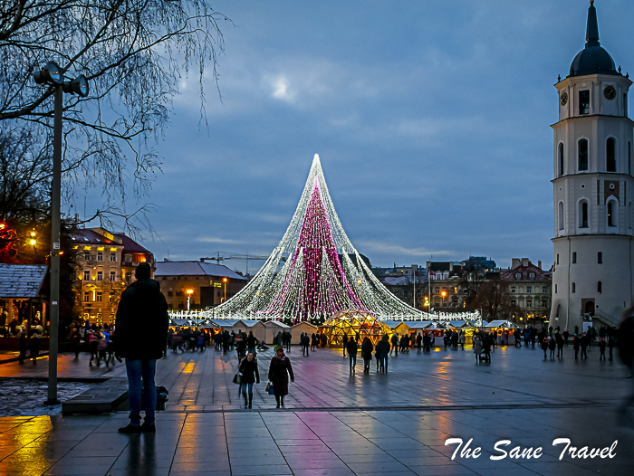 Vilnius Christmas tree and things to do in Vilnius in December
