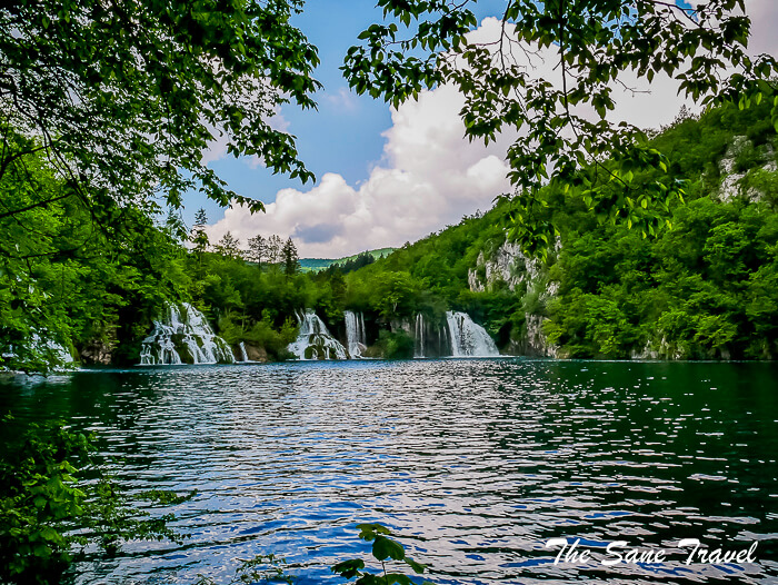 43 plitvice lakes thesanetravel.com Croatia (400)