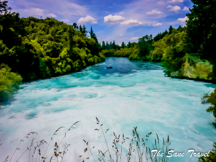 5 huka falls new zealand www.thesanetravel.com 1330815