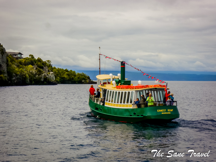 6 taupo lake cruise ship new zealand www.thesanetravel.com 1340174