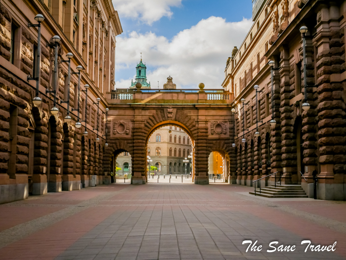 stockholm royal palace www.thesanetravel.com 18